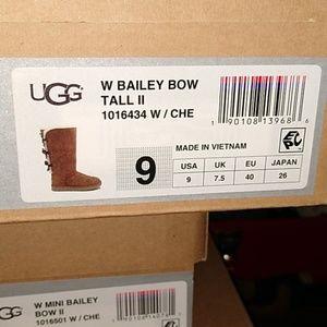 Ugg Bailey Bow tall ll